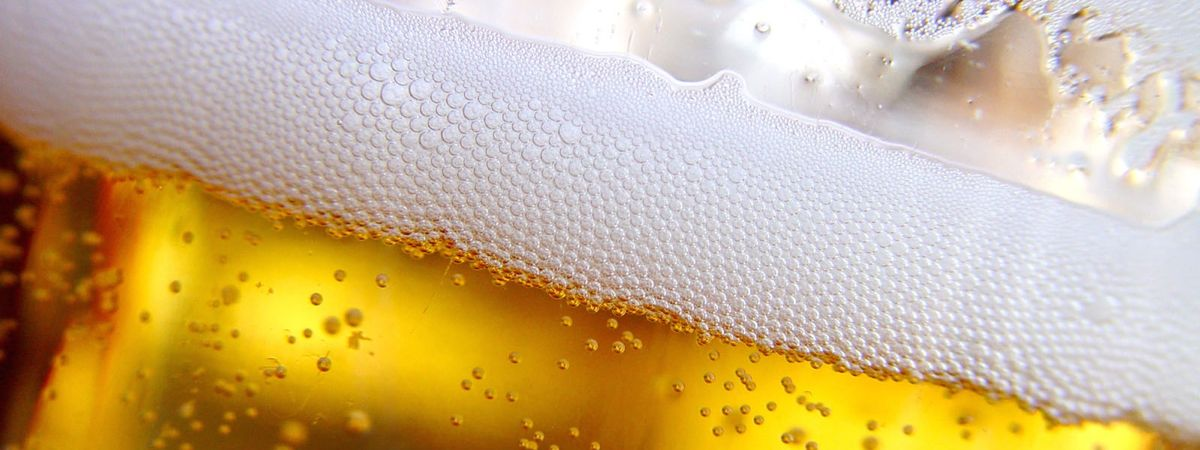 Beer-glass-closeup-Version-2